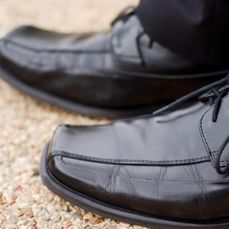 dress men's shoes