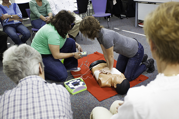 AED Demonstrate